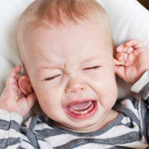 Baby har vondt i øret – er det ørebetennelse?
