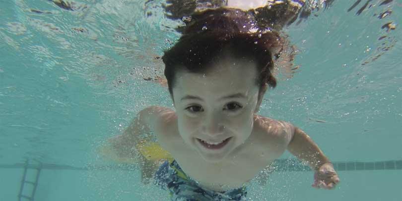 Oppkast etter bading i basseng